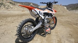 1. First Ride 2017 KTM 250SX 2 Stroke - Motocross Action Magazine