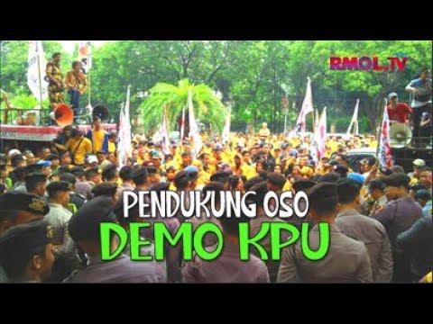 Pendukung OSO Demo KPU