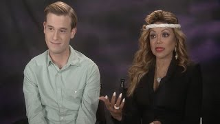Video What Tyler Henry Told La Toya Jackson About Michael's Death: 'It Tears You Apart' MP3, 3GP, MP4, WEBM, AVI, FLV Desember 2018