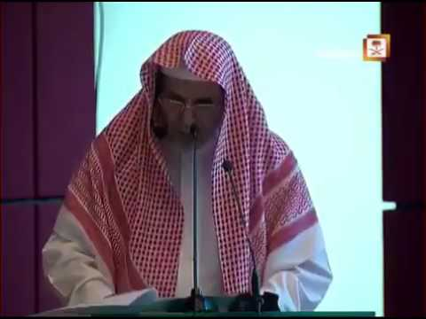 فيديو :  إمام الحرم يدعو إلى التوقف عن متابعة الفارغين في «سناب شات» #سناب_شات #المملكة