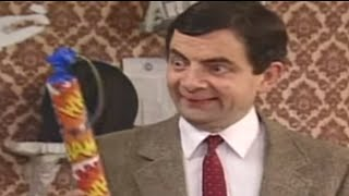 Mr Bean - Painting with Fireworks