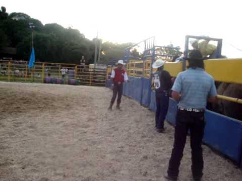 Country Farm em Nova Pádua - Final Fernando Farian X Cruzeiro da Cia de Rodeio Alto Alegre