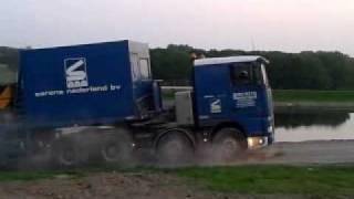Video Ballastwagen ac 700 sarens heeft het ff zwaar MP3, 3GP, MP4, WEBM, AVI, FLV Juni 2017