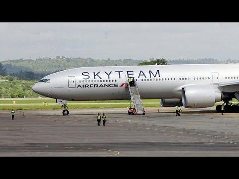 Γαλλία: Mία σύλληψη για τον συναγερμό σε αεροπλάνο της Air France