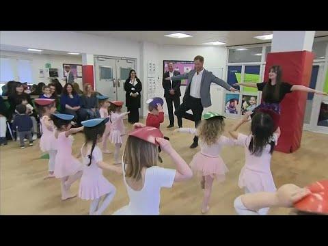 Ο πρίγκιπας Χάρι κάνει μπαλέτο!