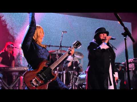 "Heart – ""Barracuda"" Live 2013 Rock Hall of Fame Induction Concert HD"