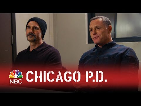 Chicago PD - Just Talk to Me (Episode Highlight)