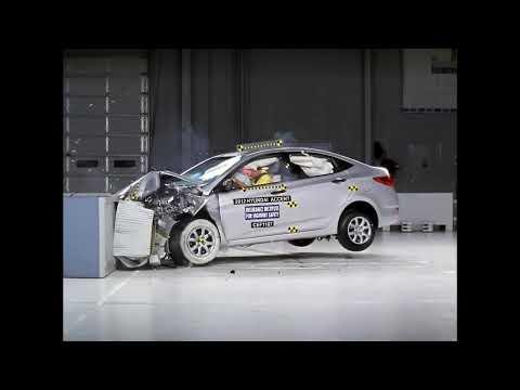 Hyundai Accent Краш-тест Hyundai Accent 2012 фронтальный удар