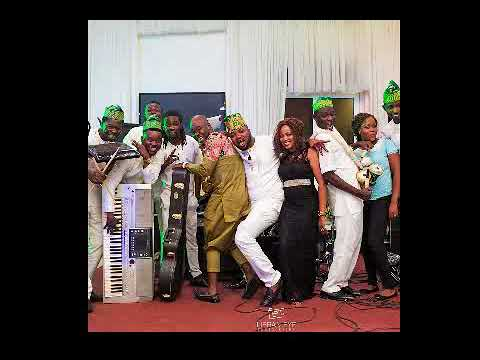 BEST LIVE BAND IN NIGERIA,AWESOME HIT LIVE PLAY.