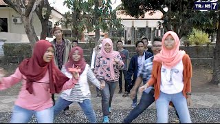 Ello - Buka Semangat Baru  Cover video clip  @SMK Informatika Cirebon