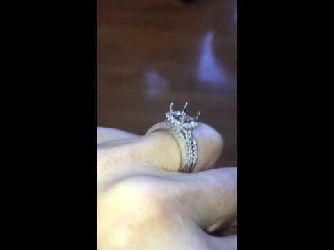 PLATINUM DIAMOND HALO ENGAGEMENT RING AND WEDDING BANDS SET