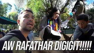Video ADUH!!RAFATHAR DIGIGIT KANGGURU!!MAMA GIGI KETAKUTAN!!FEATHERDALE WILDLIFE MP3, 3GP, MP4, WEBM, AVI, FLV Juni 2019