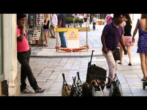 Prima l'Italia : Identità e sovranità per riprenderci i nostri confini