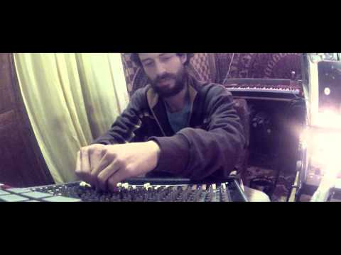 Mayd Hubb - Freestyle Dub Session 1 -