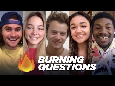 """The """"Outer Banks"""" Cast Answers Your Burning Questions"""