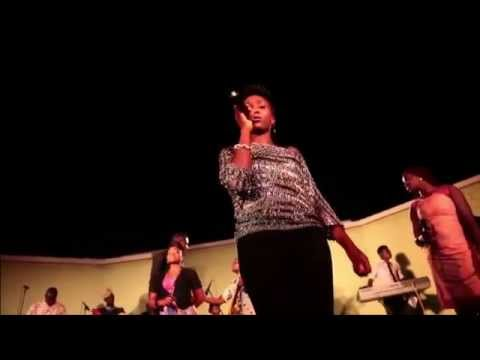 Aramide: Performing I DON'T MIND at Afropolitan Vibes (#FlashbackFriday)