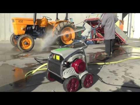 Country e Traktor idropulitrici professionali della nuova linea Agricola - Video demo