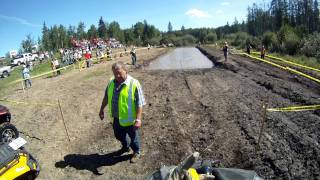 10. can am outlander 800 vs can am renegade 800 mud bog