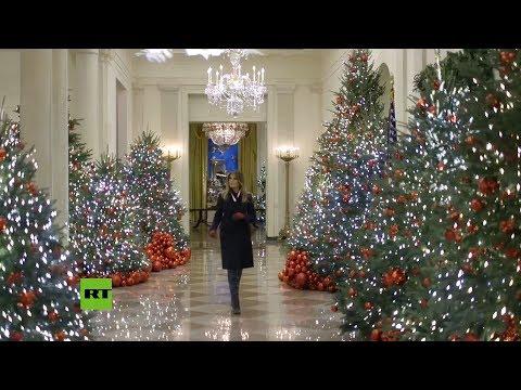 Melania Trump muestra las decoraciones de Navidad en la Casa Blanca