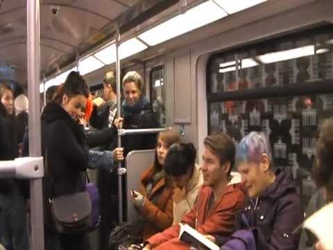 en el tren | Youtube - Videos divertidos -Videos Graciosos - Videos de