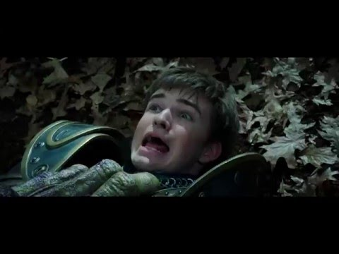 Warcraft (Clip 'Attacked by Orcs in the Woods')