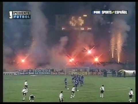 Video - Salida Universidad de Chile vs River Plate Semifinales Copa Libertadores 1996 - Los de Abajo - Universidad de Chile - La U - Chile