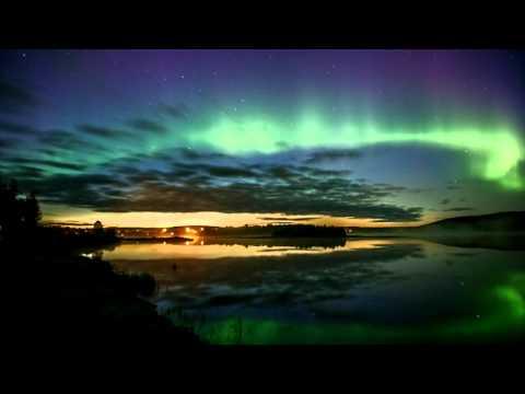 Suomalainen valokuvaaja kuvasi satumaisen revontulivideon Lapissa