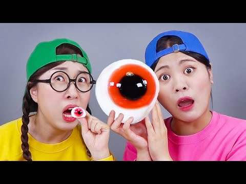 Big Food VS Small Food Challenge 대왕 음식 챌린지 DONA 도나