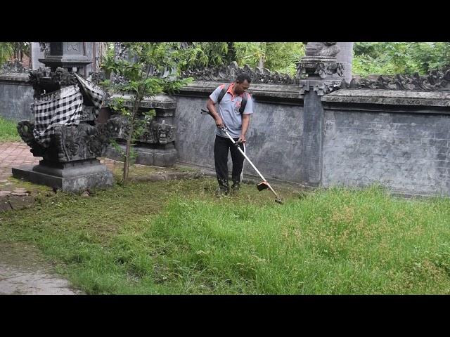 Perbekel-Lokapaksa-Ikut-Gotong-Royong.html