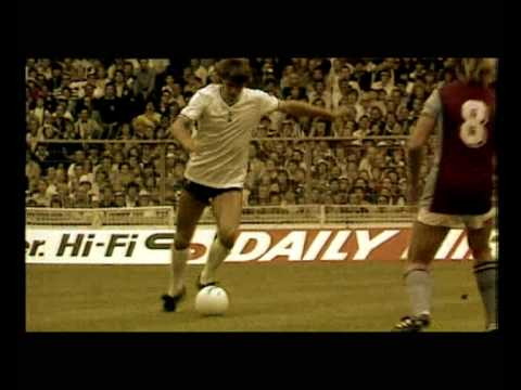 Tottenham Hotspur - Introduction and some great goals from Taricco, Defoe, Ginola, Gascoigne, Klinsmann and Mabizela.