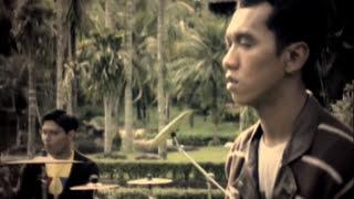 Asbak Band - Ternyata Salah Mengenalmu (Official Music Video) Video