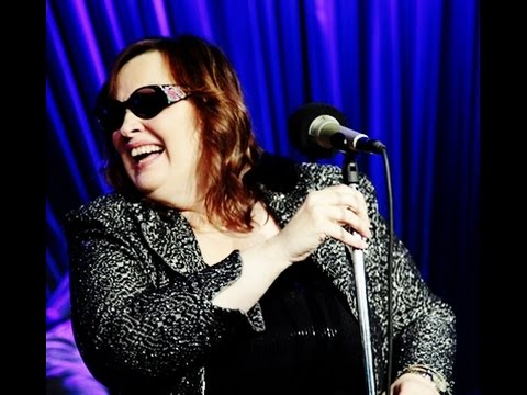 Tekst piosenki Diane Schuur - How High the Moon po polsku