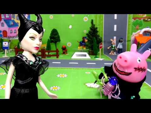 Играем в Куклы свинка пеппа,джорджик превратился в страшного паука