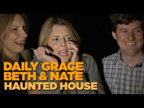 MyDamnChannel - DailyGrace, Beth, & Nate visit Times Scare haunted house to ghoularious results. More: http://www.mydamnchannel.com Twitter: http://www.twitter.com/mydamncha...
