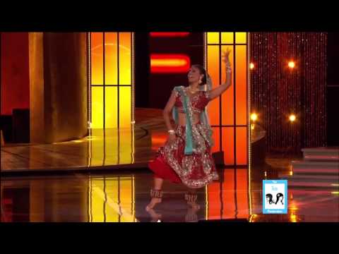 Nina - http://www.BollywoodTrainer.com Congratulations to the newly-crowned Miss America Nina Davuluri! Her talent was a Bollywood Fusion dance - she represented he...