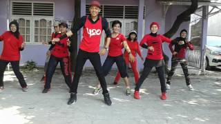 Video GOYANG DUMANG LINE DANCE  TEAM KOMPOSER BINTARO MP3, 3GP, MP4, WEBM, AVI, FLV September 2018