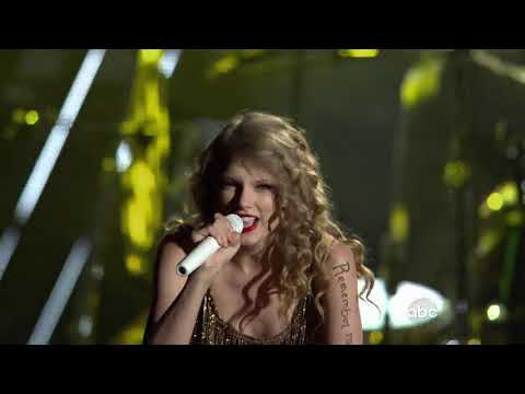 Taylor Swift - Mean/Sparks Fly (Live at CMA Music Fest 2010)