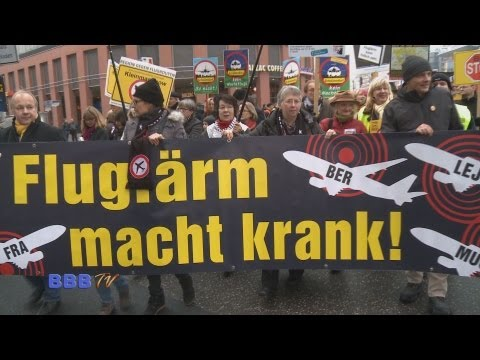 Berlin 2012: Stoppt Nachtflug - Großdemo vor der SPD Zentrale in Berlin am 24.11.2012