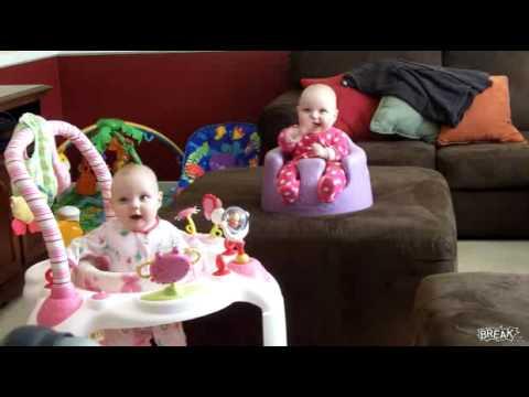 Cặp bé sinh đôi dễ thương nhất năm 2013