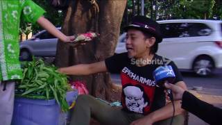 Video Sepi Job, Epi Kusnandar Jadi Pedagang Kaki Lima | Selebrita Siang On The Weekend MP3, 3GP, MP4, WEBM, AVI, FLV Desember 2017
