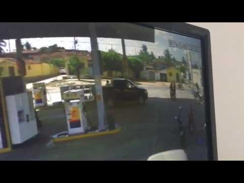 Câmera de segurança registra assalto a posto de gasolina em Itapororoca