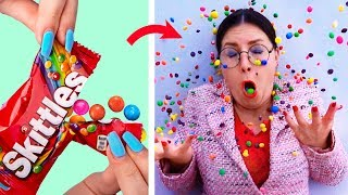 Video 15 Weird Ways To Sneak Food Into Class / School Pranks And Life Hacks MP3, 3GP, MP4, WEBM, AVI, FLV Juni 2019