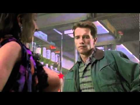 0 Total Recall Remake   Infamous Prostitue Will Be Back