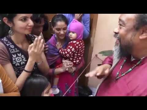 Mooji Video: How to Love All Others as You Do Yourself?