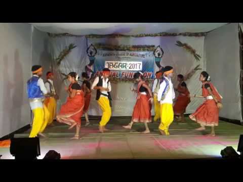 Video Dongri ma re dongri na...DANCE... MCA .Dhamtari download in MP3, 3GP, MP4, WEBM, AVI, FLV January 2017