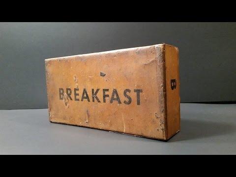 unboxing-odnalezionej-zolnierskiej-porcji-zywnosciowej-z-1945-roku