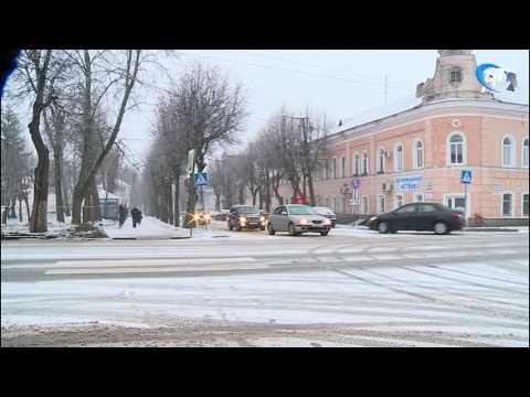 Утром новгородцы были неприятно удивлены ледяной коркой, покрывшей дорожное полотно