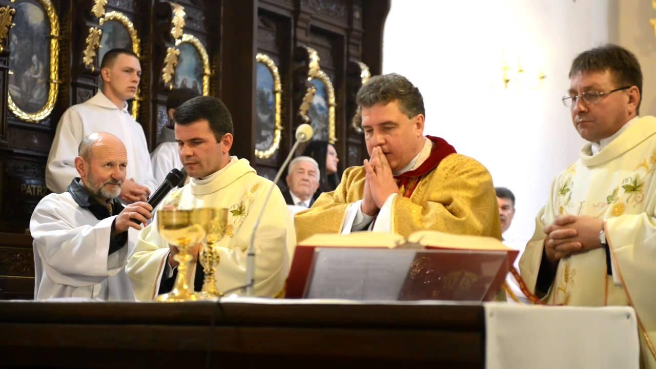 Ks. dziekan Mirosław Kaczmarczyk proboszcz parafii z Chęcin pożegnał się z parafianami