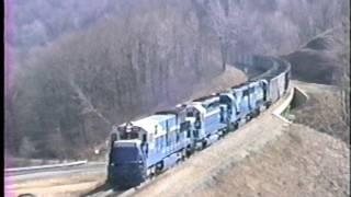Video 1 GE drowns out 3 EMD's on HUGE DE coal train on MGA Manor Branch. MP3, 3GP, MP4, WEBM, AVI, FLV Oktober 2018