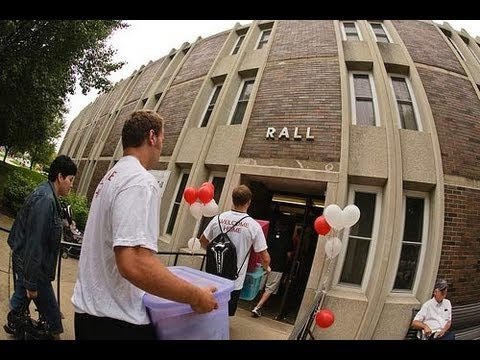 Move-In Day at North Central